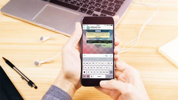 Você terá 2 minutos para se arrepender e apagar mensagens enviadas no WhatsApp Matéria completa: https://canaltech.com.br/noticia/whatsapp/voce-tera-2-minutos-para-se-arrepender-e-apagar-mensagens-enviadas-no-whatsapp-91224/ O conteúdo do Canaltech é protegido sob a licença Creative Commons (CC BY-NC-ND). Você pode reproduzi-lo, desde que insira créditos COM O LINK para o conteúdo original e não faça uso comercial de nossa produção.